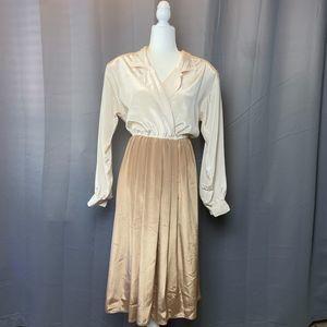 Neutral  Elastic Waist Dress Size 8